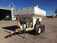 Tyler Dry Fertilizer Spreader