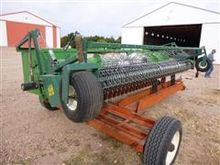 John Deere 215 pick-up Header