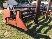 International Harvester 820 Fle