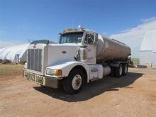1988 Peterbilt 377 T/A Tanker T