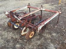 Case IH 470 Lister Cultivator