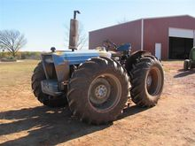 County 754 4WD Tractor