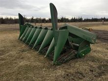 1998 John Deere 893 Corn Header