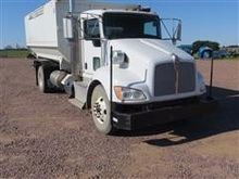 2013 Kenworth T370 Feed Mixer T