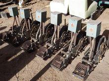 Gramor Machine Co Onion Planter