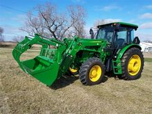 2014 John Deere 6105D MFWD Trac