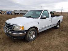 2000 Ford F150 2WD Pickup