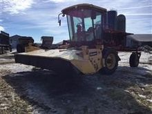 2000 New Holland HW 340 Windrow