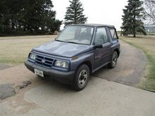 1996 Geo Tracker 4X4 2 Door Spo