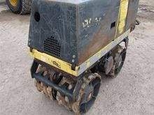 2000 Bomag 851 Trench Roller