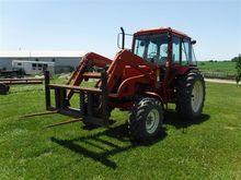 Belarus 825 MFWD Tractor w/Load