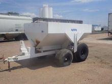 Dry Fertilizer Spreader