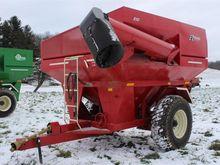 2011 EZ Trail 510 Red Grain Car