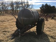 500 Gallon Pull Type Sprayer