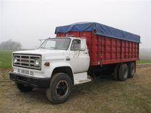 1976 GMC CE66 T/A Grain Truck