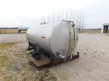 Used 1,200 Gallon St