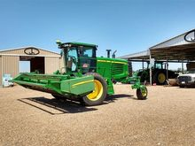 2009 John Deere A400 Windrower