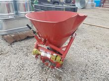 Behlen Mfg Fertilizer Spreader