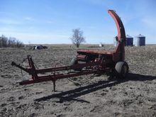 New Holland 892 Forage Harveste