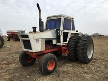 1977 Case 1370 2WD Tractor