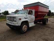 1987 GMC C7000 Truck w/Gravity