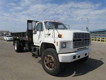 1993 Ford F-700 Dump Truck