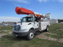 2007 International 4400 Bucket