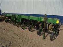 John Deere 885 Row Crop Cultiva