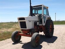 1976 Case 1070 2WD Tractor