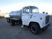 1972 Ford F 700 Fertilizer Truc