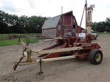Gehl 1000 Forage Harvester