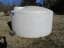 Ace Roto Mold 1,000 Gal Poly Ta