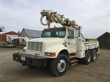 1993 International 4900 T/A Dig