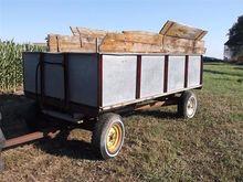Montgomery Lo-Load Grain Wagon