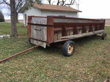 Hay/Silage Feeding Wagon