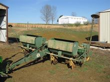 John Deere 494A 4 Row Planter