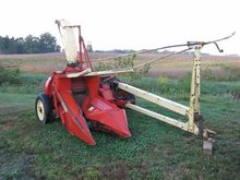 Gehl CB600 Forage Harvester