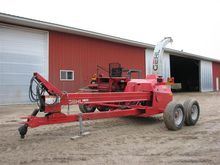 2004 Gehl 1085 Pull-Type Forage