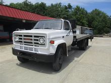 1987 GMC C6000 Flatbed Truck