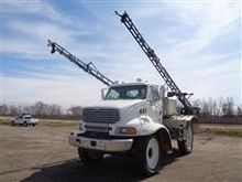 2003 Sterling L/LT8500 Sprayer