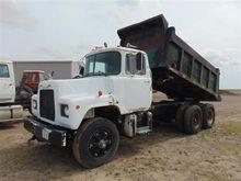 Used 1973 Mack Dump