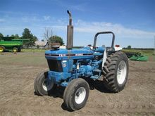 1994 Ford 7610S 2WD Tractor