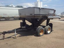 Willmar UT57 T/A Dry Fertilizer
