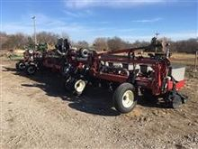 Case IH 1200 16 Row Stack Fold