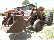 Case D Industrial 2WD Tractor W