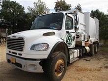 2012 Freightliner 16M Garbage T