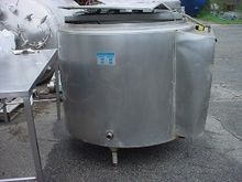 200 gallon MUELLER TANK with IN