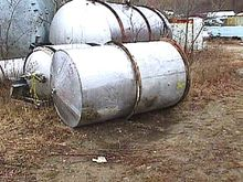 500 GALLON STAINLESS STEEL TANK