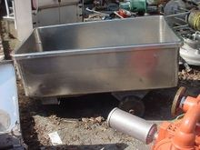 100 gallon STAINLESS STEEL TOTE