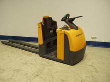 Used 2001 ECE G 240